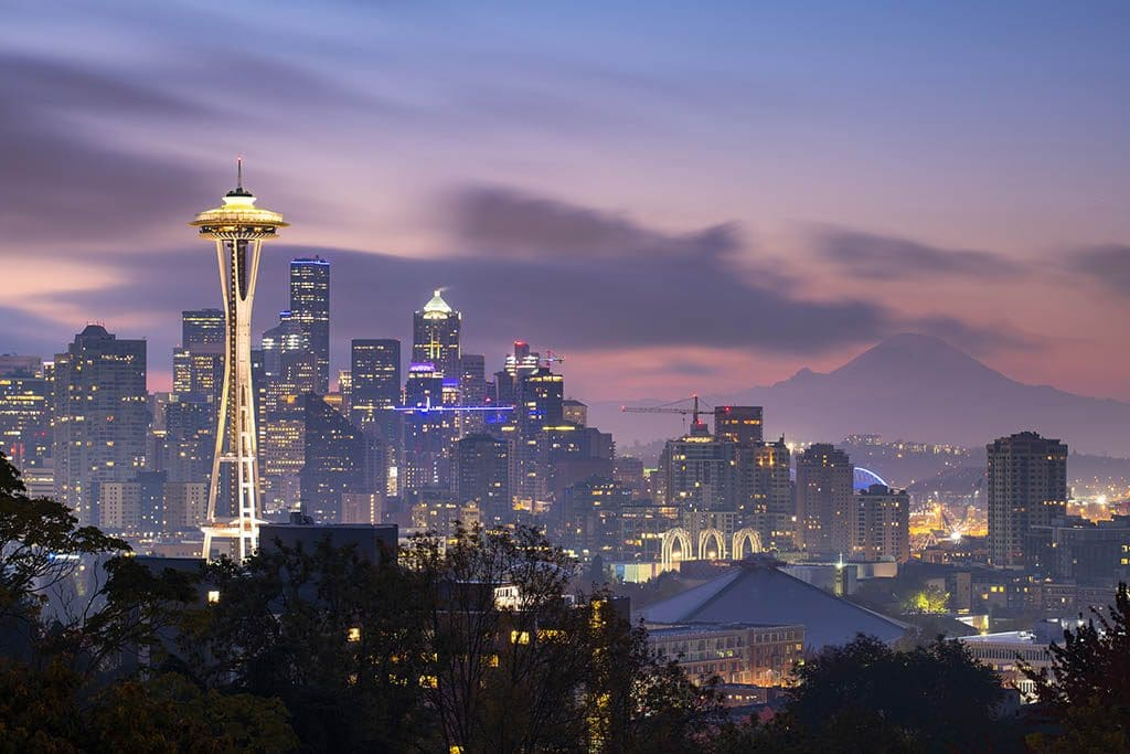 Seattle Photographing Skylines