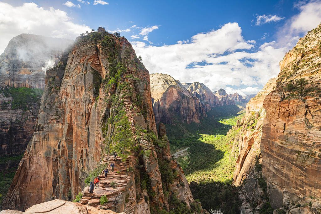 Angels Landing photography guide to Zion National Park