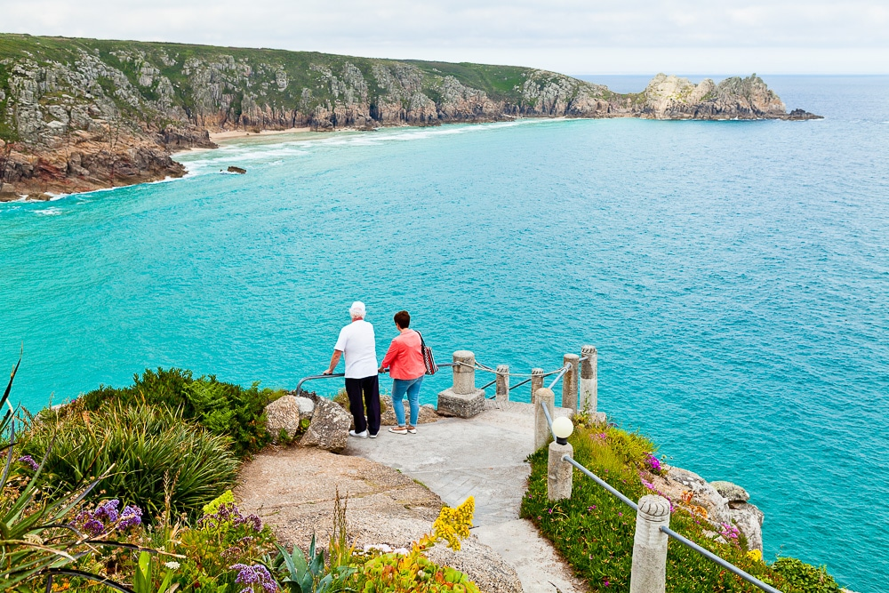 Include-people-in-your-photos-cornwall