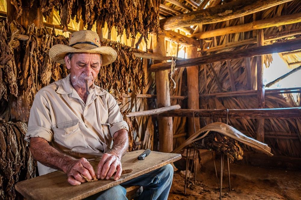 Tobacco-farmer-vinales-Sharp-photos