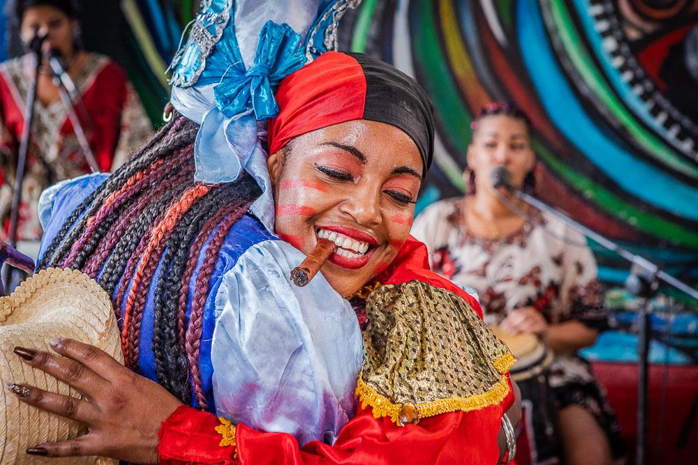 rumba dancers in havana
